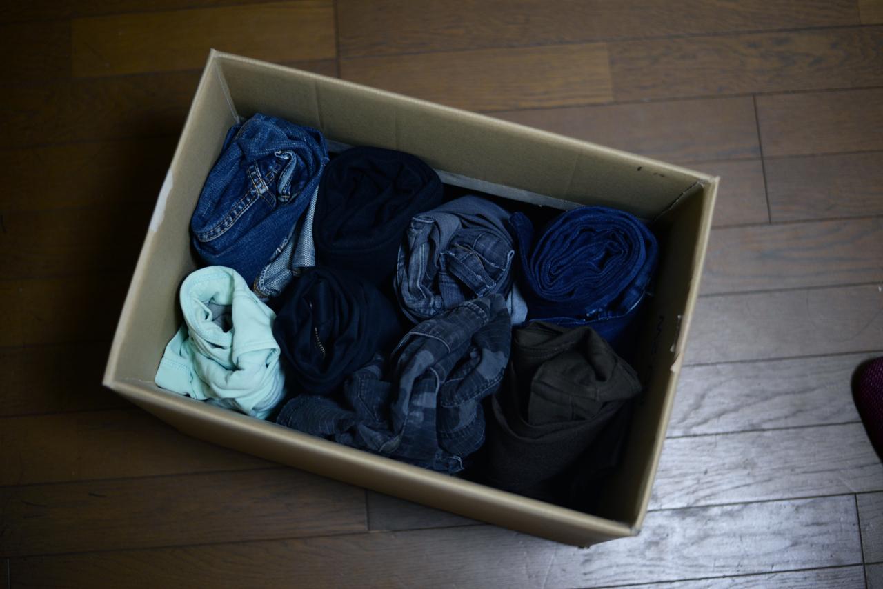 ミニマリストの洋服収納箱